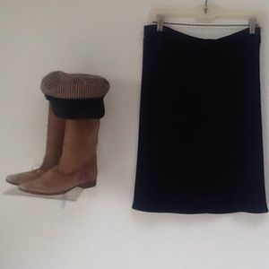 'GAP BLACK STRETCH FRONT SLIT SKIRT/VERY CUTE!/NEW